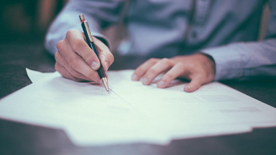 Como retirar os documentos necessários para alteração de nome e gênero